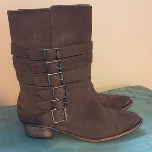 EUC Splendid Buckle Boots
